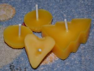 Kerzen selbst gemacht Teil 1 - Bienenwachsteelichter